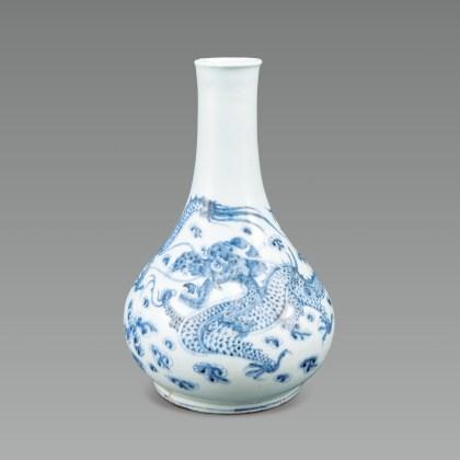 White Porcelain bottle with Dragon and Cloud Design in Underglaze Cobalt Blue