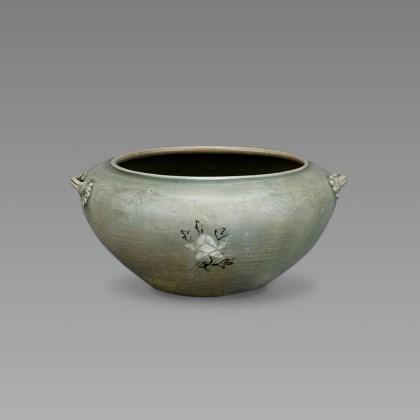 Celadon Bowl with Peony Inlaid Designs